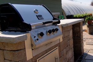 Outdoor Kitchen Des Moines Landscaping
